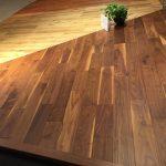 最近のフローリング(床材)がすごい!ライブナチュラルプレミアムとかいう高級床材を見に行ってみた!